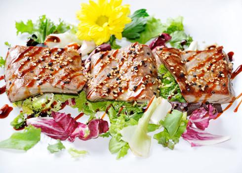 maguro teppanyaki filetto di tonno alla piastra