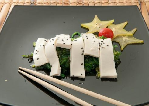 Antipasto - Spicy wakame. Alghe giapponesi agro-piccanti