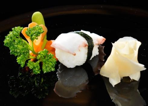 Sushi nigiri tako. Nigiri di polipo*
