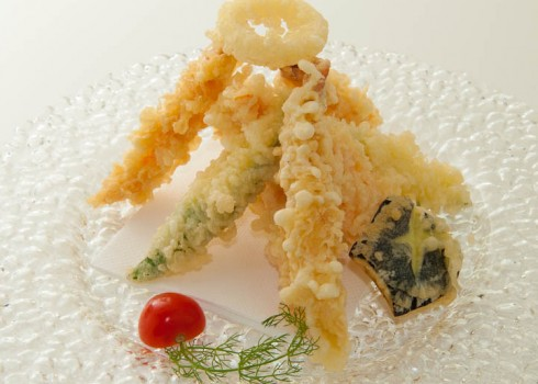 TEMPURA MORIAWASE - Gamberoni e verdure fritte con pastella leggera