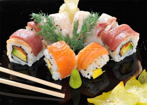 MODE MAKI - Riso, salmone, frittata, gamberi cotti, avocado e tonno